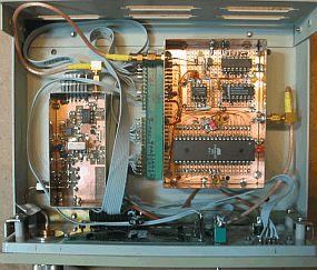 Het inwendige van de 2,5 GHz counter (foto PA3CKR)