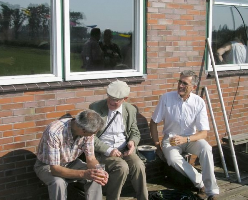 PA1LOI geflankeerd door oudgedienden