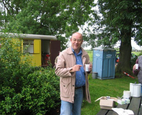 Bert PE1DHR verzorgt de koffie